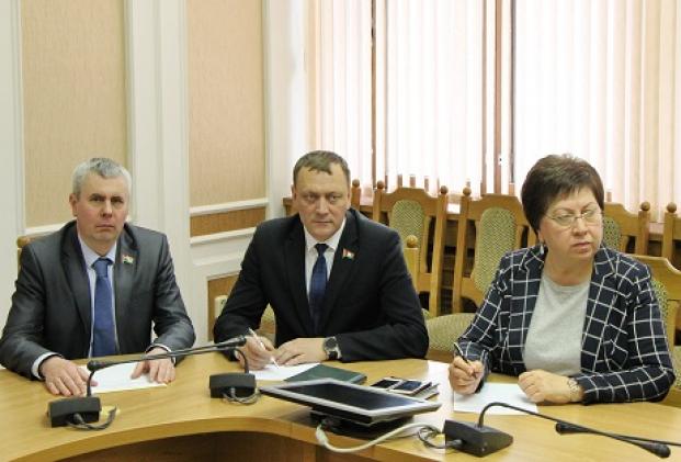 На заседании Постоянной комиссии Палаты представителей по вопросам экологии, природопользования и чернобыльской катастрофы 1 апреля 2020 года